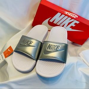 NWT Nike Benassi JDI slide Silver Size 6